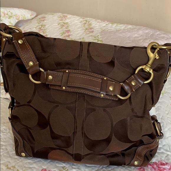 Coach Handbags - Coach shoulder bag. Preloved.